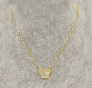 Vancleef&Arples white shell Butterfly in yellow glod necklace