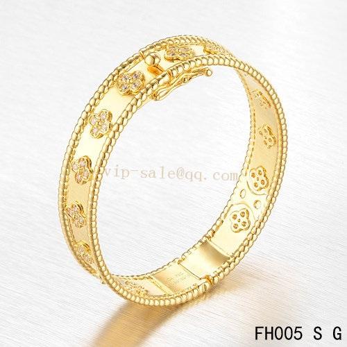 Van Cleef Perlee Bracelet Replica Sold Online