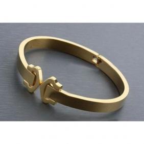 Replica Collection logo Cartier bracelet yellow gold double C decor