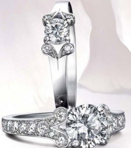 Proposed Cartier diamond ring picture 2