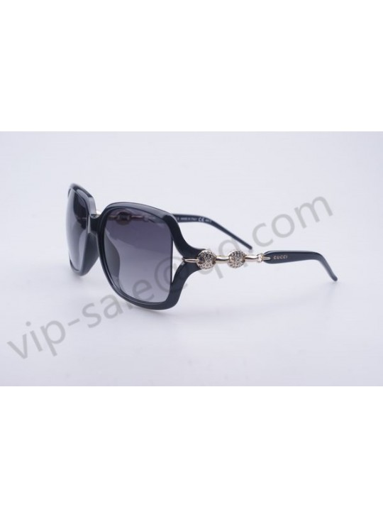 Gucci large square frame sunglasses with two diamond