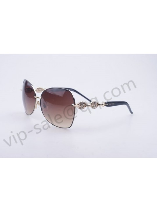 Gucci medium butterfly gold frame sunglasses with diamonds