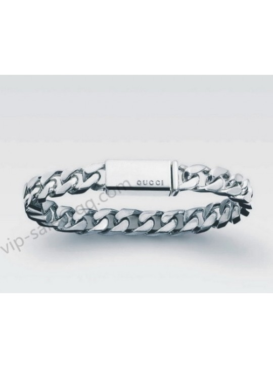 Gucci Bracelet With Engrved Gucci Logo