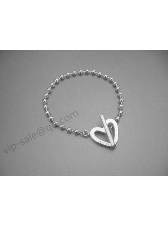 Gucci Bracelet with Boule Chain and Heart Detail