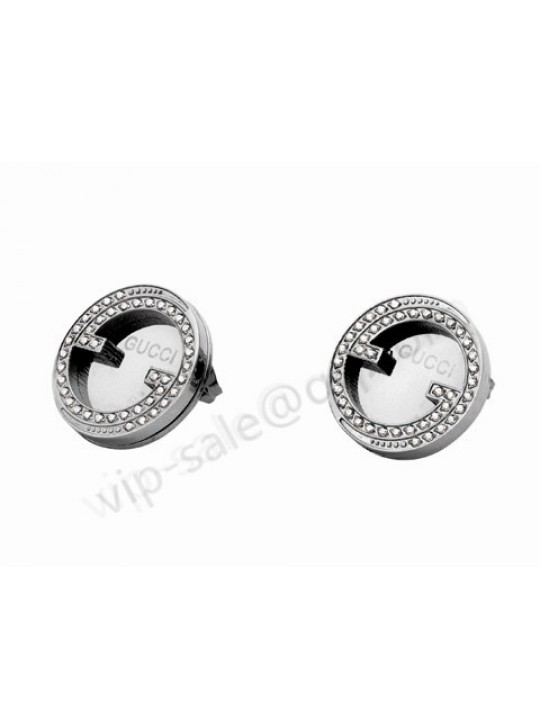 Gucci with circle diamond pendant earrings in white gold