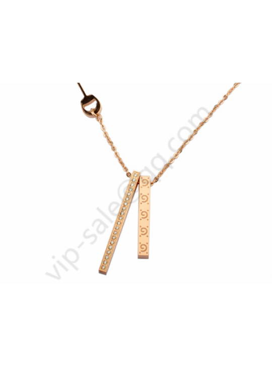 Gucci two Cuboid temperament rose glod necklace with diamond