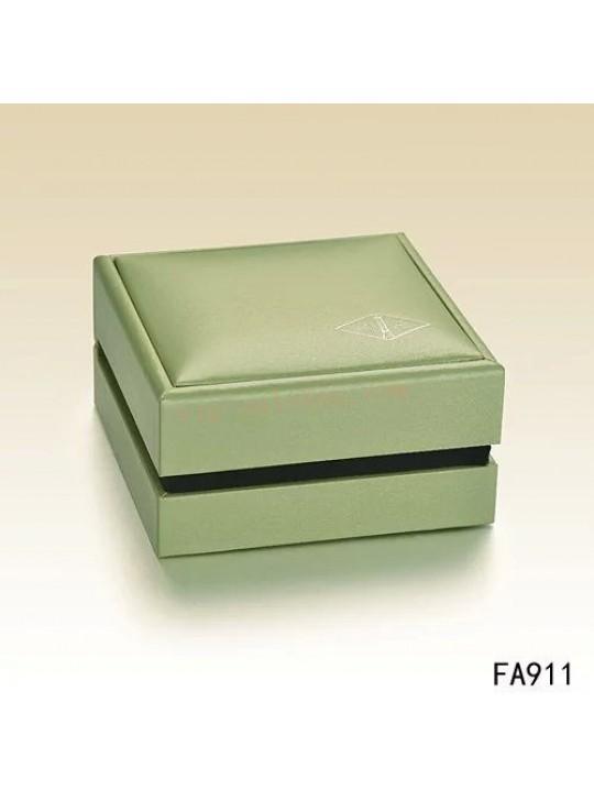 Van Cleef & Arpels Bracelet Box