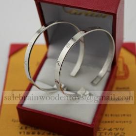 Replica Cartier Love Earrings Replica White Gold B8028300