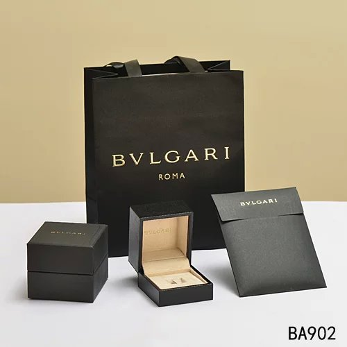 Life of luxury from start wearing Bvlgari jewelry Van Cleef