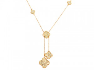 Van Cleef & Arpels with five clover nacklace in yellow gold