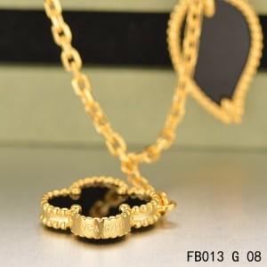 Van Cleef & Arpels Lucky Alhambra Yellow Gold Bracelet with 4 Black Onyx Motifs