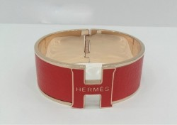 Hermes Vintage Clic Clac H Bracelet in 18kt Pink Gold with Rose Leather,Wide