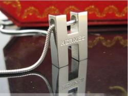 Hermes Logo Necklace in 18kt White Gold