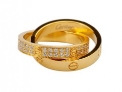 Cartier Infinity LOVE Ring in 18kt Yellow Gold with Diamonds-Paved