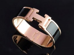 Hermes Clic Clac H Bracelet Black Enamel and 18K Pink Gold,Medium