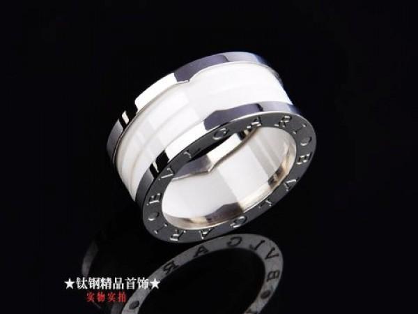 bvlgari bzero1 3band ring in 18kt white gold with white ceramic bvlgari rings bvlgari jewelry