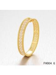 Van Cleef & Arpels Perlee Bracelet with Diamonds,Yellow Gold,Medium Model
