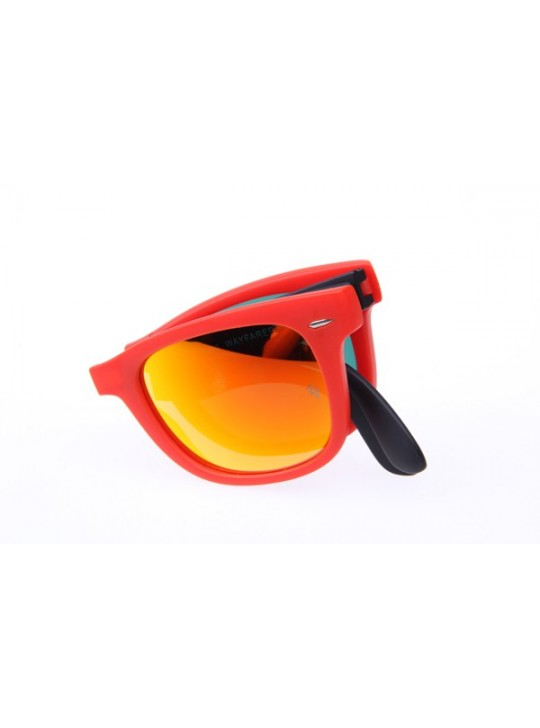 Ray Ban Folding Wayfarer RB4105 50-20 Sunglasses in Red