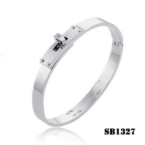d55e1dea266 Hermes Kelly Bracelet in Silver ...