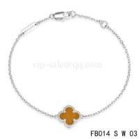 Van cleef & arpels Sweet Alhambra bracelet<li>white gold with light red clover