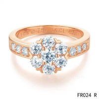 Van Cleef and Arpels Fleurette ring<li>In pin gold with diamonds