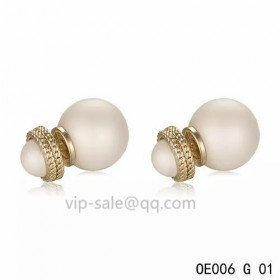 MISE EN DIOR Earring in the Cream resin beads with yollow gold