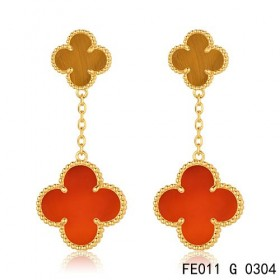 Van cleef & arpels Magic Alhambra earclips in yellow gold, 2 motifs