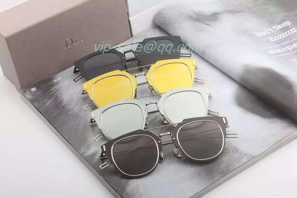 ca62170f4909 Fake Dior sunglasses sale in Mini sunglasses wholesale shop