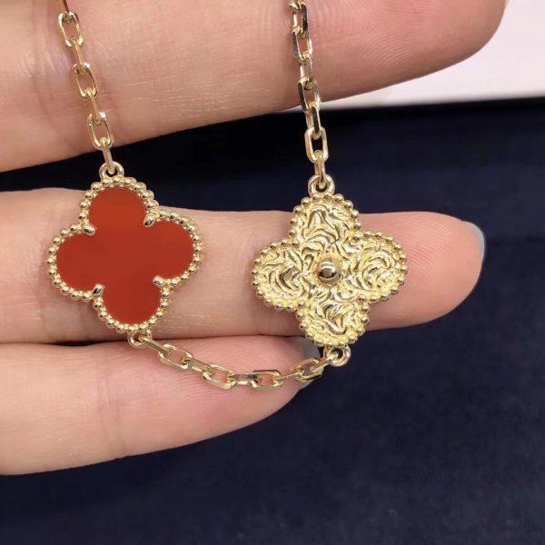 VCA Vintage Alhambra Bracelet Yellow gold, 3 Carnelian
