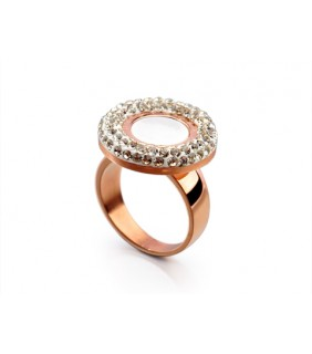 Bvlgari Ring in 18kt 18kt Pink Gold with Mother of Pearl & Pave