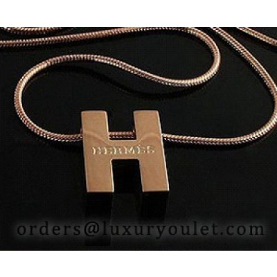 Hermes Logo Necklace in 18kt Pink Gold