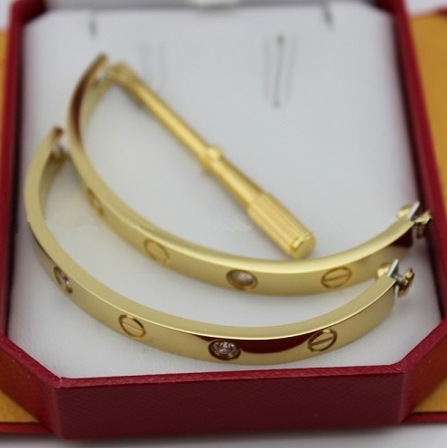 Cartier Love bracelet yellow gold 4 diamonds replica B6035916