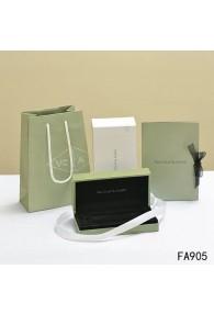 Van Cleef and Arpels Original Bracelet Box